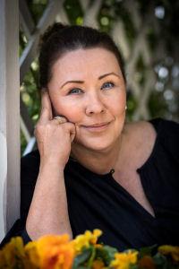 Ywonne Bjärkenrud, diplomerad samtalsterapeut på Klara Samtal