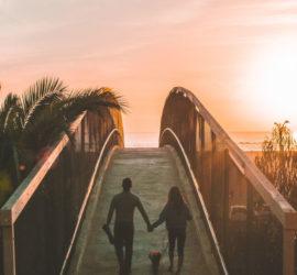Par kan ofta ha nytta av samtalsterapi i sin relation